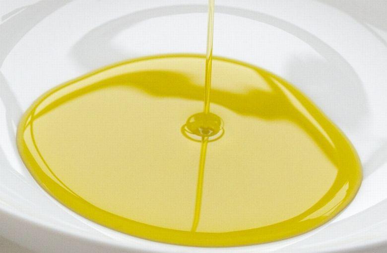 油とダイエットの関係 | 良い油と悪い油とは?